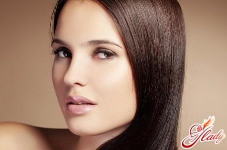 12 салонных средств для волос, которые надо иметь дома